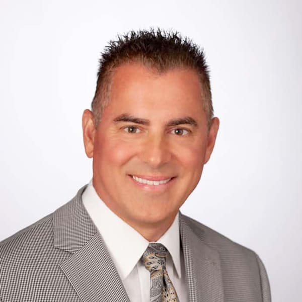Dr Gregory Pastrick Plastic Surgeon in Kingsport